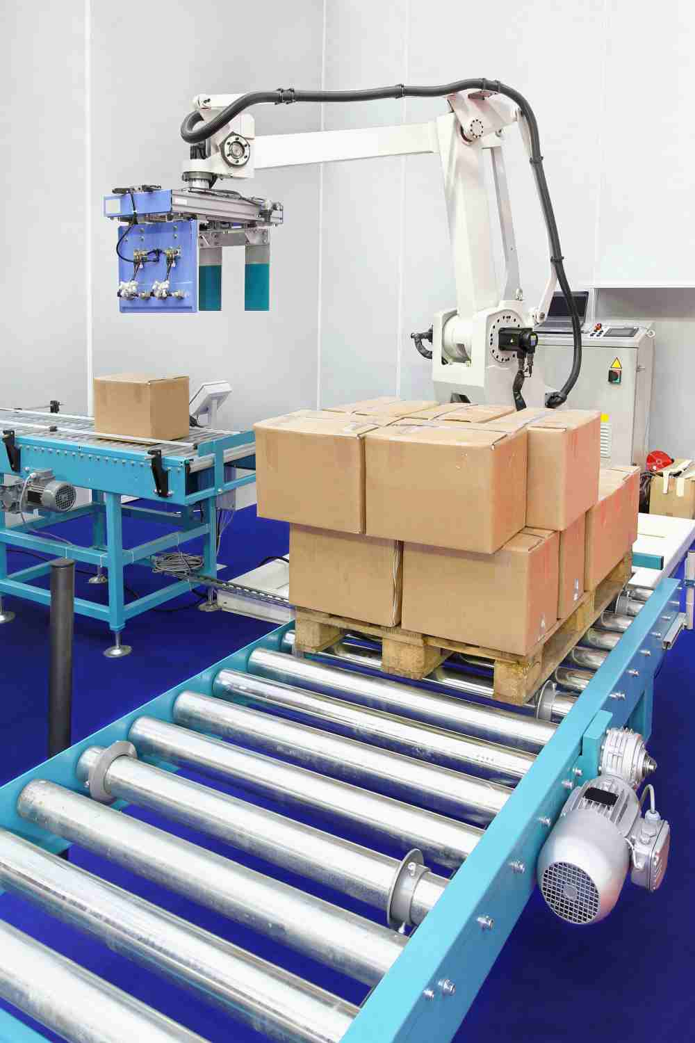 Read more about the article Palletizing equipment offers case and pattern flexibility