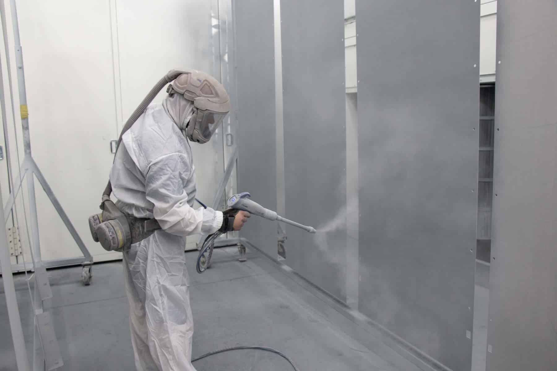 Read more about the article Powder coating metal process extends lifespan of metal enclosures