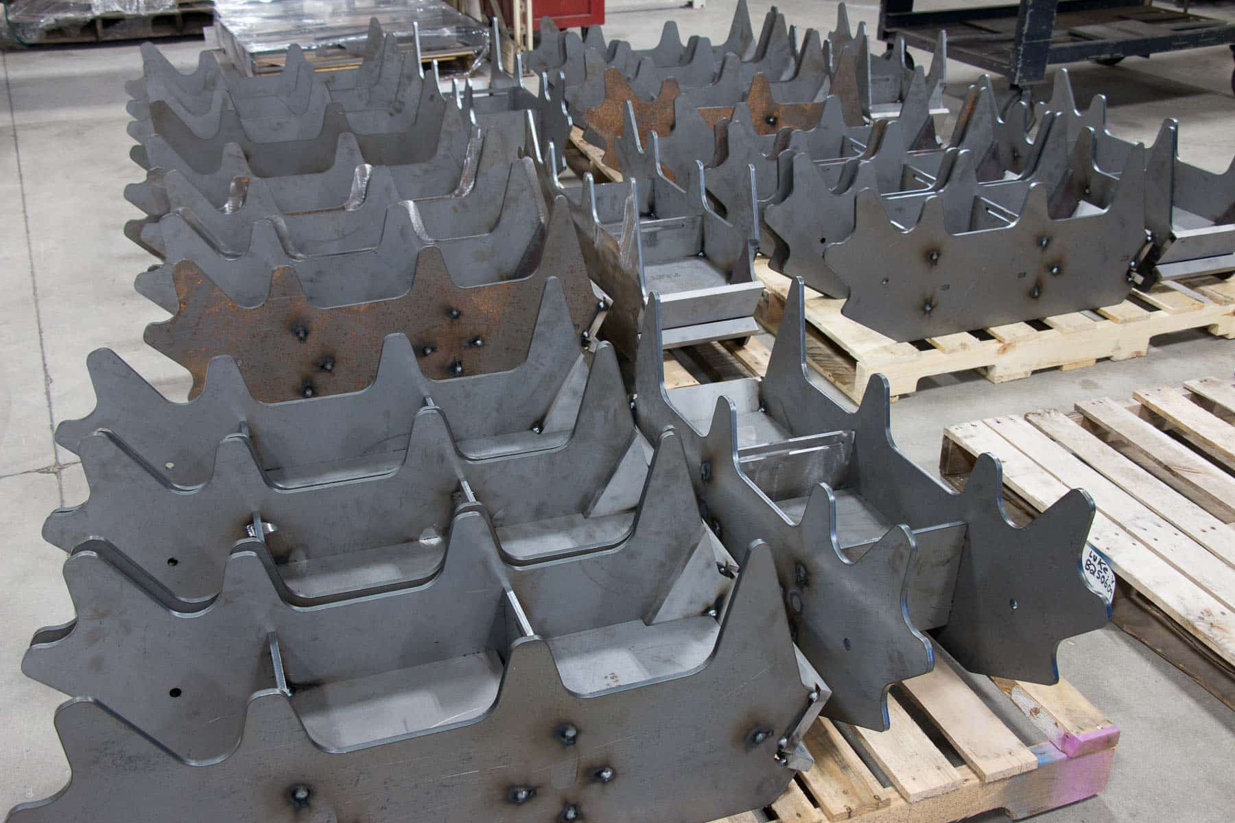 Read more about the article Custom weldments produce superior agriculture and mining components