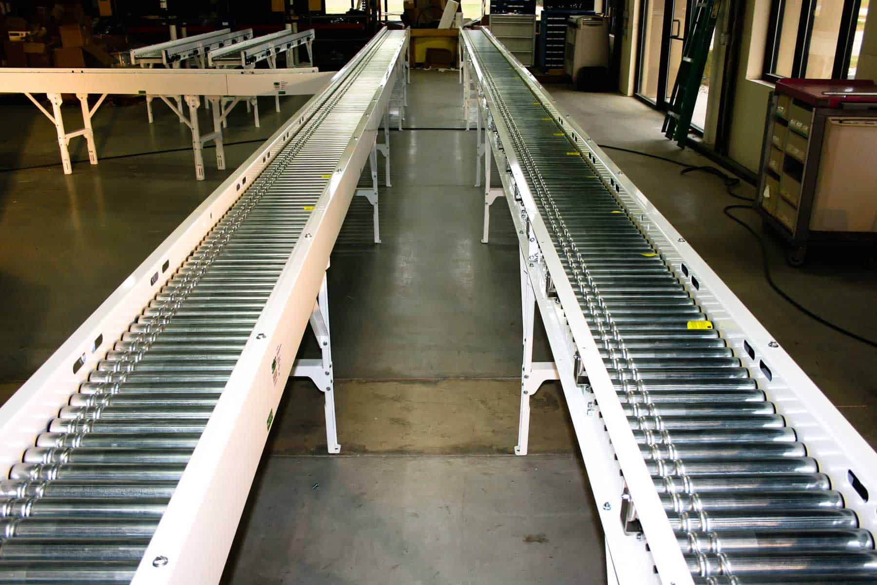 Read more about the article Robinson designs motor driven roller conveyors to optimize results